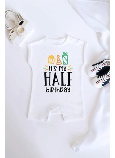 Happy Onesie Co Half Birthday Hediyeli Organik Baskılı Kısa Tulum Romper Beyaz